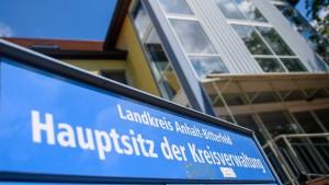 Verwaltung von Anhalt-Bitterfeld soll Montag wieder arbeiten