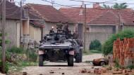 Folgen des Beschlusses: Deutsche Soldaten im Juni 1999 im Kosovo.