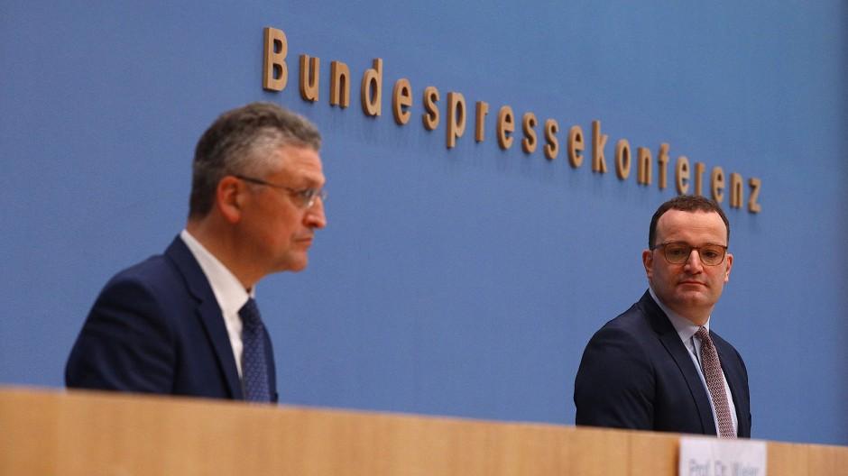 RKI-Präsident Lothar Wieler und CDU-Gesundheitsminister Jens Spahn am Freitag in Berlin