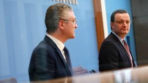 """Gesundheitsminister will Sanktionen für """"Impfdrängler"""" prüfen"""