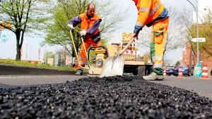 Grüne: Mauschelei verhindert Straßensanierung