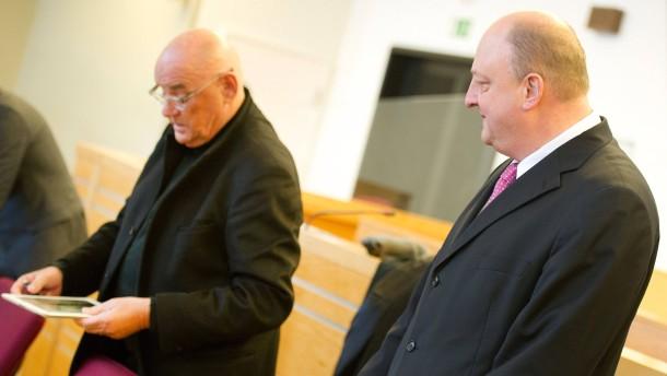 Gericht stimmt Geldauflagen für Glaeseker und Schmidt zu