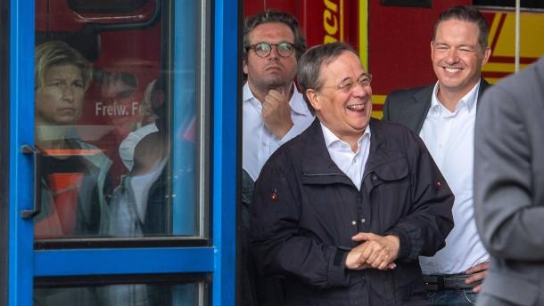 Laschet bittet um Entschuldigung für Lacher während Steinmeier-Rede