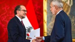 Alexander Schallenberg als neuer Kanzler Österreichs vereidigt