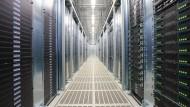 Amerikanische und britische Geheimdienste kontrollieren Telekom-Netz