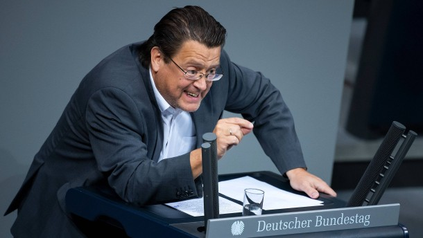 AfD-Abgeordneter attackiert Steinmeier