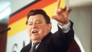 Der bayerische Ministerpräsident und CSU-Vorsitzende Franz Josef Strauß war der Grund für die erste rechte Partei in Bayern.