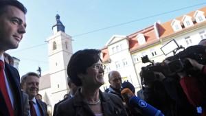 CDU und SPD loten Chance auf gemeinsame Regierung aus