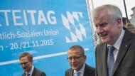 Seehofer fordert Kurskorrektur der Kanzlerin