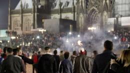 5700 Polizisten sichern Jahreswechsel in NRW