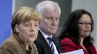 Haben sich im zweiten Anlauf in der Causa Maaßen geeinigt: Kanzlerin Angela Merkel, Innenminister Horst Seehofer und SPD-Chefin Andrea Nahles.