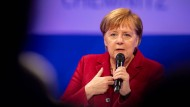 """Angela Merkel in Chemnitz: """"Nicht von denen die Tagesordnung vorgeben lassen"""""""