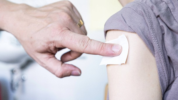 STIKO wartet bei Entscheidung zu Impfung von Kindern weiter ab