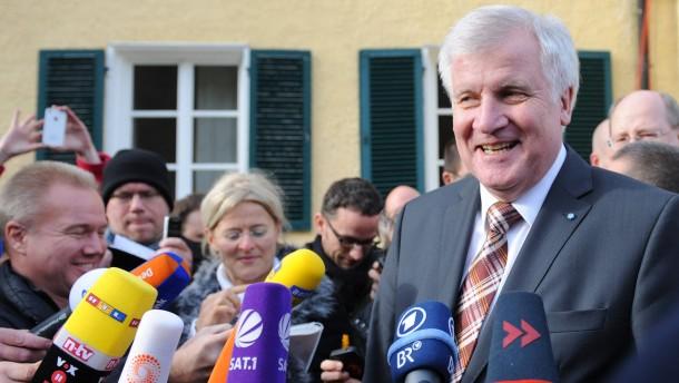 Seehofer: Nachfolgedebatte beendet