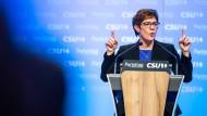 Den Wählern keine Einheit vormachen: Annegret Kramp-Karrenbauer auf dem CSU-Parteitag in München