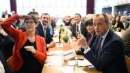 Auf Sicht ein gutes Team? Annegret Kramp-Karrenbauer (l.) und Friedrich Merz könnten die beiden neuen starken Persönlichkeiten der CDU werden.