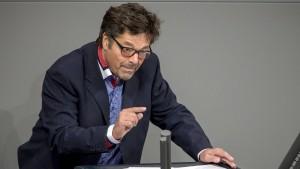 Linken-Politiker schmuggelt Flüchtling ins Land