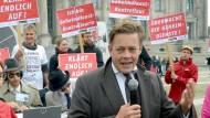 Profilierter Kritiker der Bundesregierung: Konstantin von Notz im September 2014 bei einer Demonstration vor dem Bundestag.