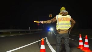 Seehofer plant schärfere Grenzkontrollen