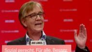 Linken-Fraktionsvorsitzender Bartsch am Sonntag auf dem Bundesparteitag in Magdeburg.