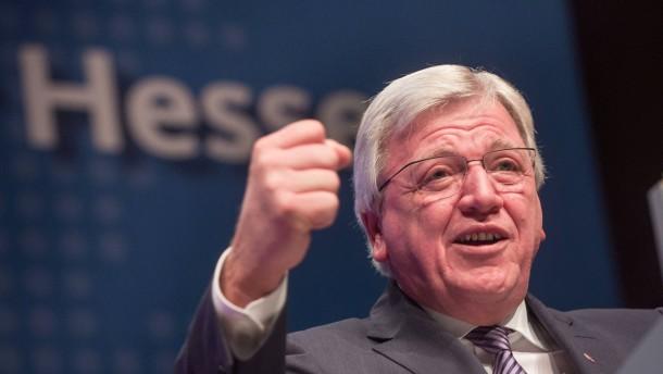 Bouffier verteidigt Flüchtlingspolitik