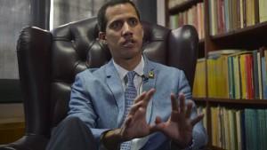 Gutachten nährt Zweifel an Guaidó-Anerkennung