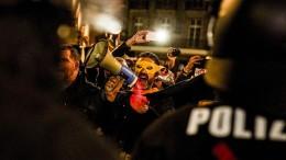 """Verfassungsschützer nehmen """"Querdenker"""" ins Visier"""