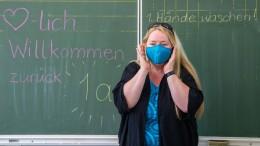 Bislang Dynamik der Virusverbreitung in Schulen überschätzt