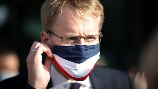 Günther: Schleswig-Holstein zum Vorbild nehmen
