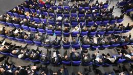 Brauchen Gesetzesänderung für mehr Frauen im Parlament