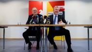 Erstaunt über die gute Stimmung: Stephan Weil (SPD) und Bernd Althusmann (CDU) stellen den Koalitionsvertrag vor.
