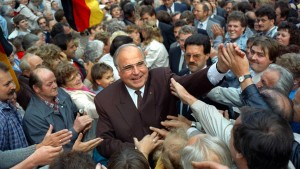 """Kohl als """"herausragender Staatsmann"""" gewürdigt"""