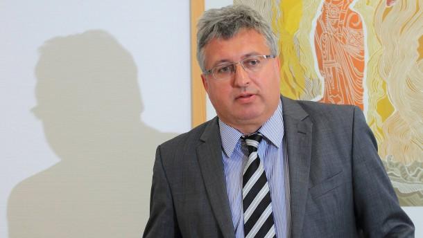Sachsen-Anhalts Landtagspräsident tritt zurück