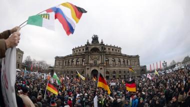 Pegida-Anhänger am Sonntag in Dresden.