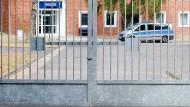Nicht der schönste aller Orte: Polizeidienststelle in der Flüchtlingsunterkunft in Boostedt.