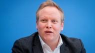 Tilman Kuban, Vorsitzender der Jungen Union (JU), stellt Anfang November in Berlin das Ergebnis der Mitgliederbefragung zum CDU-Parteivorsitz vor.