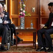 Freund Chinas: Helmut Schmidt im Gespräch mit Ministerpräsident Li Keqiang