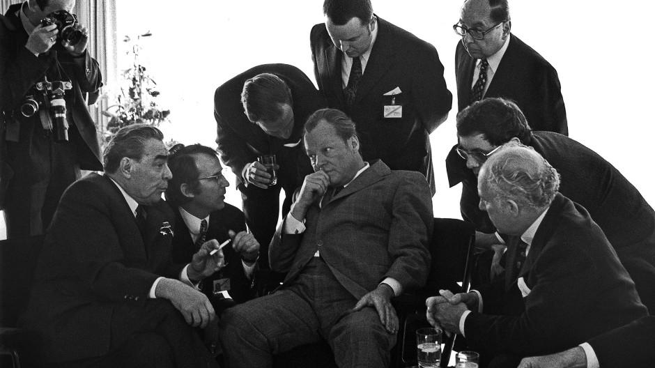 Leonid Breschnew, Willy Brandt in Bonn 1973.