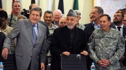 Die Diplomatie als Retter