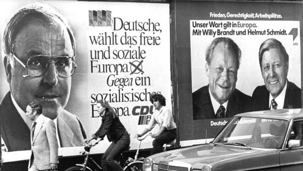 Plakate zur Wahl zum Europa-Parlament im Mai 1979