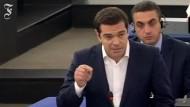 Tsipras erwidert die Rede von Guy Verhofstadt
