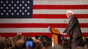 Bernie Sanders, Hillarys Ass im Ärmel
