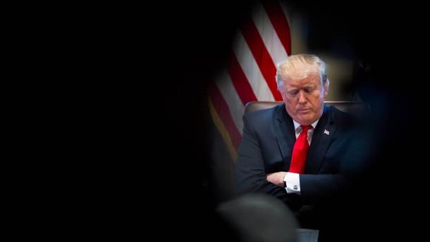 Trump droht mit Ausweitung der Haushaltssperre – für Monate oder sogar Jahre