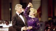 Haben den Dreh raus: Die Clintons auf einem Ball anlässlich der Amtseinführung im Januar 1993
