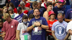 Weiße Protestanten halten mehrheitlich zu Trump