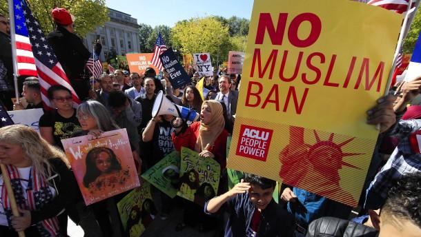 Donald Trump: Amerikanisches Gericht genehmigt Einreisestopp