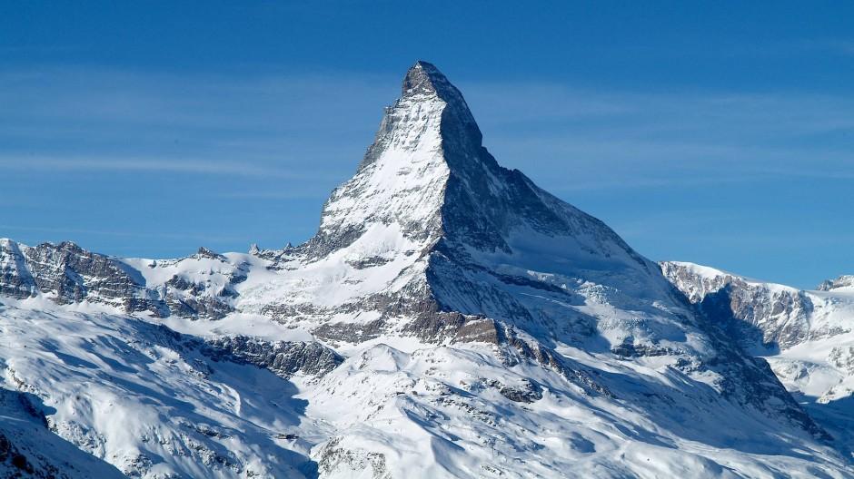 Menschheitsikone: Kein Berg ist bekannter, keiner wird häufiger fotografiert als das Matterhorn, das aber nur Zermatt seine Schokoladenseite präsentiert.