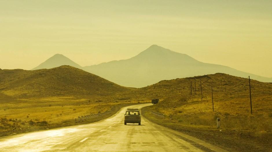 Armenien So Weit Die Reifen Tragen Reise Faz