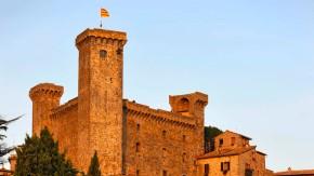 Stolze Festung, die zum Glück nur noch schöne Dekoration ist: das Castello Monaldeschi in Bolsena.