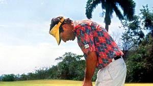 Golfen unter Pinien und Palmen